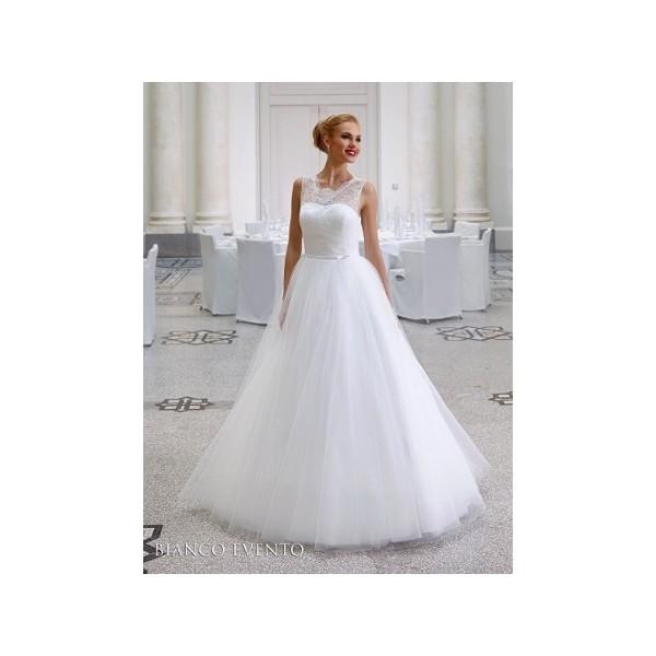 ecd44a9439b4 predaj ukončený - Najsvadobné šaty - svadobné a spoločenské šaty ...
