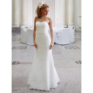 http://najsvadobnesaty.sk/6315-thickbox_default/svadobné-šaty-lotos.jpg