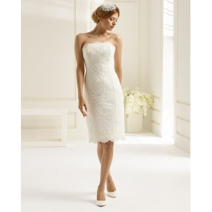 http://najsvadobnesaty.sk/6428-thickbox_default/svadobné-šaty-aprilia.jpg