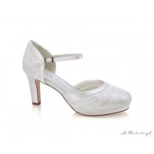 http://najsvadobnesaty.sk/6931-thickbox_default/svadobné-topánky-regina.jpg